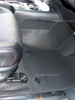 ยางปูพื้นรถยนต์ REVO 4D รุ่น MINI MAT กระดุมเม็ดเล็กสีดำ เต็มคัน