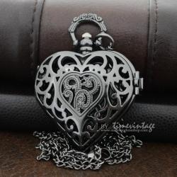 นาฬิกาสร้อยคอทรงหัวใจลายฉลุสีดำ Mystery Love # 1 (พร้อมส่ง)