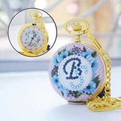 นาฬิกาของขวัญ LOCKET ประดับคริสตัสอักษรย่อ ดีไซต์ Pink blossom (สั่งทำ)
