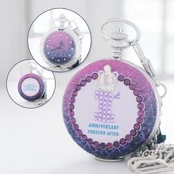 ของขวัญวันครบรอบความหมายดี นาฬิกาพกติดคริสตัลอักษรย่อ Royal Violet