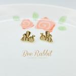 ต่างหูผึ้งสีทอง ฝังเพชร