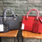 charles&keith large structured city bag กระเป๋าถือหรือสะพาย