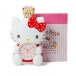 พร้อมส่งจ้า น่ารักเบอร์นี้เลย นาฬิกาแขวนผนังHello Kitty swing clock มีกล่องให้ค่ะ