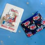 พร้อมส่ง ได้ทั้งสองชิ้นค่ะ British Hello Kitty ที่รัดสายหูฟัง + ซองซิปมีช่องใส่บัตร