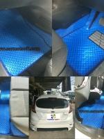 พรมปูพื้นรถยนต์ FIESTA ลายกระดุม สีน้ำเงินขอบดำ เต็มคัน 14 ชิ้ (พื้นหลังเรียบ+กันสึก)