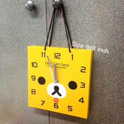 นาฬิกา รูปทรงถูงช็อปปิ้ง สามารถตั้งโต๊ะ หรือ แขวนได้ค่ะ Rilakkuma หมีสี้น้ำตาล