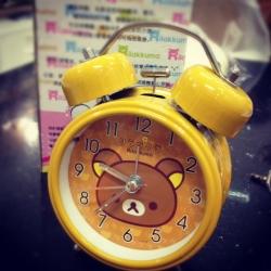 นาฬิกาปลุกตั้งโต๊ะ ลายRilakkuma ริลัคคุมะ หมีสีน้ำตาล