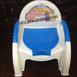 กระโถนเด็ก ทรงเก้าอี้ Attoon สีฟ้า