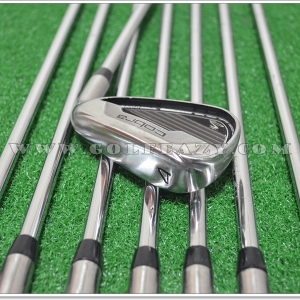 COBRA MAX IRON SET #4-PW,GW STEEL FLEX R