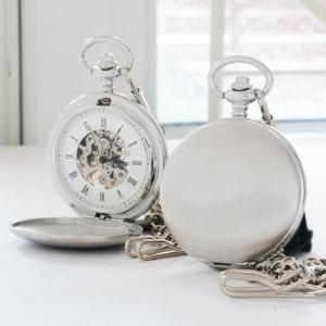 นาฬิกาพก ไขลานหน้าปัดกลไกฝาทึบเปิดได้ 2 ด้าน ตัวเรือนสีเงินขัดด้าน