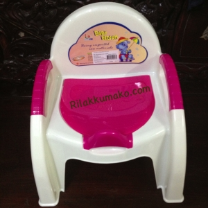 กระโถนเด็ก ทรงเก้าอี้ Attoon สีชมพู