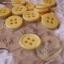 กระดุมขนาดเส้นผ่านศูนย์กลาง 12 mm. - yellow thumbnail 1