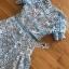 เดรสสั้นผ้าลูกไม้สีฟ้าสดตกแต่งระบายสไตล์เฟมินีน thumbnail 6