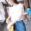 เสื้อแฟชั่นคอกลมสีขาวแขนยาวตัดต่อผ้าลูกไม้ลายดอกไม้สีขาวค่ะ thumbnail 5