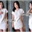 เสื้อและกางเกงขาสั้นสีขาวสไตล์มินิมัลชิค thumbnail 1